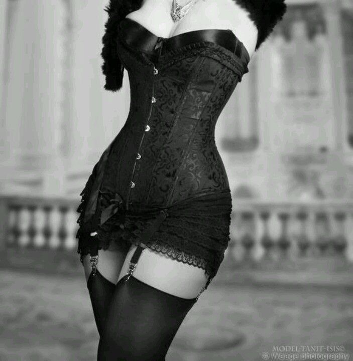 Our organic corsets are eco-friendly, affordable, durable, fashionable, and                     healthy wearing.