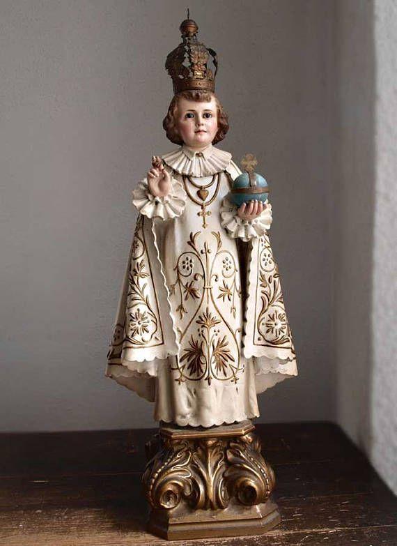 Enfant Jésus de Prague Glass Eye Santos Statues jeune Jésus