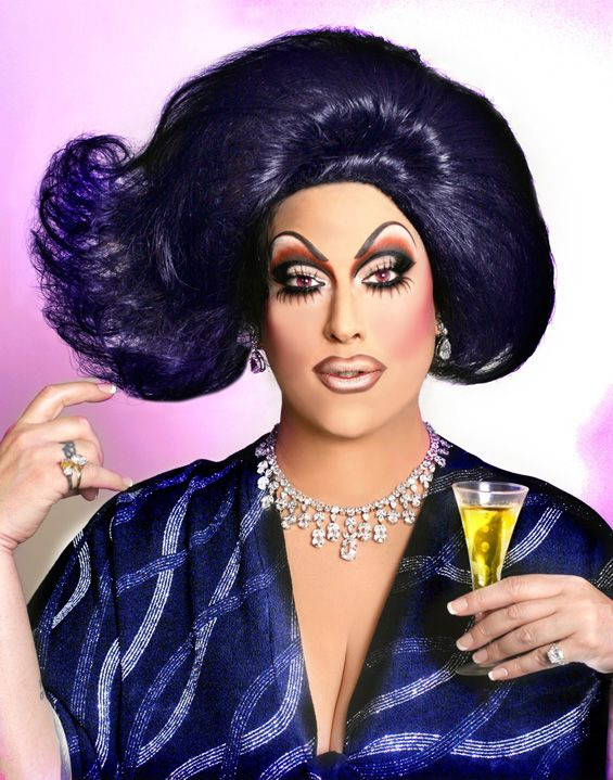 Drag Queen Make Up: Fab Fabulous Drag Queens