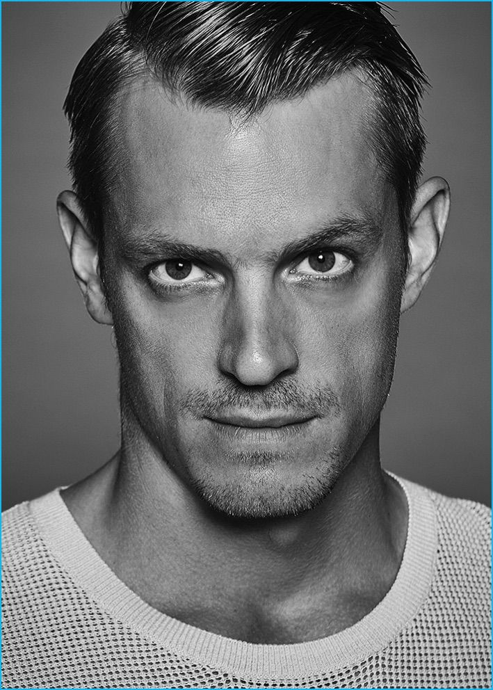 JOEL KINNAMAN POSES FOR THE LATERALS
