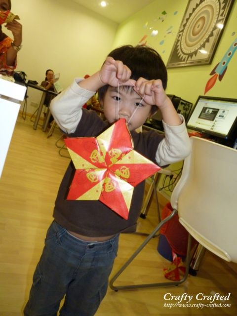 Ang pao star lantern tutorial craft chinese new year for Ang pao fish tutorial