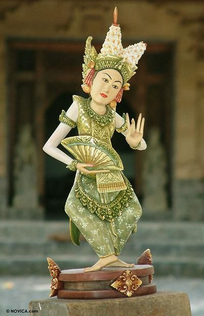 The Legong Kraton is a refined and sophisticated variation of Bali's famed Legong dance. #Wood #Sculpture