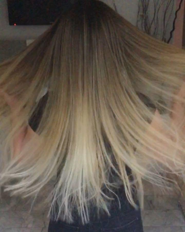 """17.1b Beğenme, 327 Yorum - Instagram'da Mihriban Cam (@mihriban.cinar): """"Yeni saç rengim🙈💇🏼 Ellerine sağlık Prenses kuzen @freedom_hs 👸🏼 Daha fazlası: --> @freedom_hs ❗️…"""""""