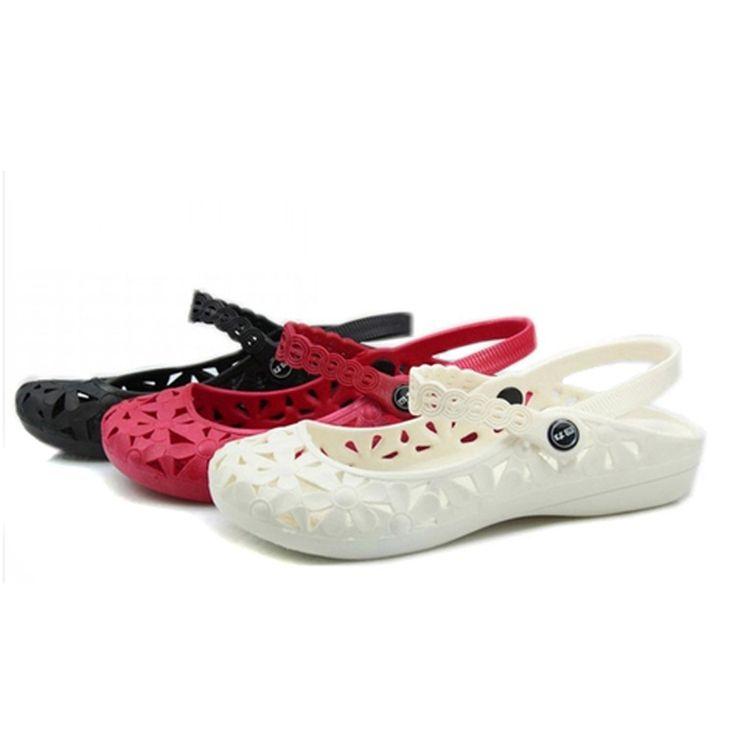 Women sandals 2015 platform sandals summer style plastic hole shoes summer flat sandals comfortable antiskid beach slippers
