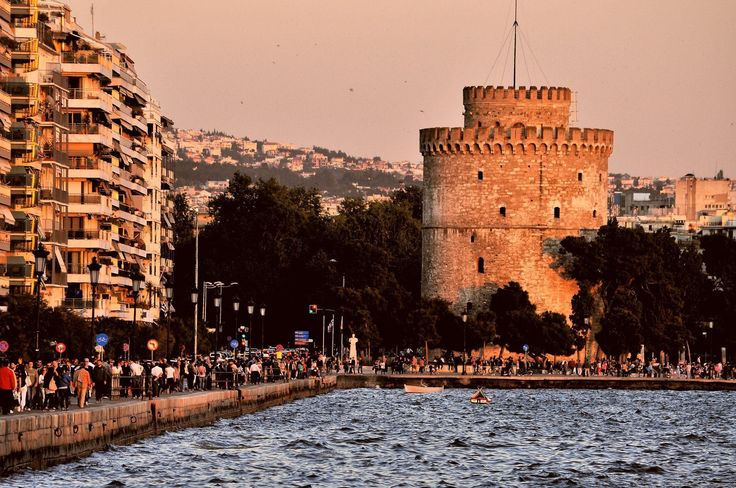 The white tower by Κωνσταντίνος Κάλτσος on 500px