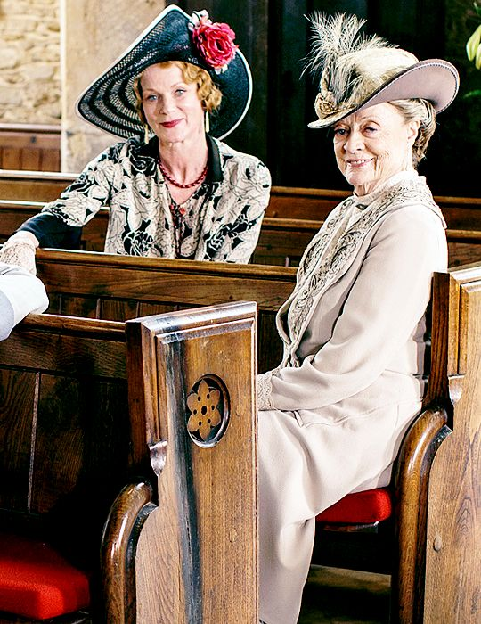 Samantha Bond as Rosamund, and Maggie Smith as Violet - Downton Abbey, episode 6x08.. ..rh