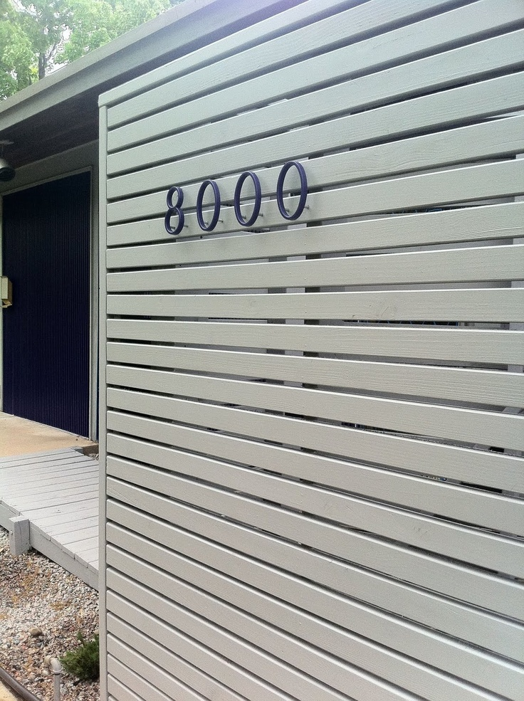 Our Care-Free Home, new fence and letters for our midcentury modern inspired exterior