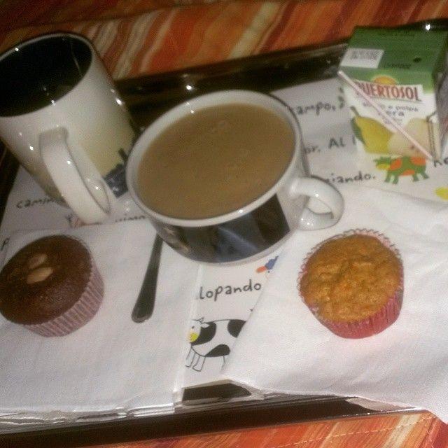 Colazione per 3 della Domenica... A letto! Io mi sono fatta pere frullate con bevanda Cappuccino Mincidelice #mincidieta #mincidélice #mincidelice #dietaproteica #dietaiperproteica #proteine #fase2mincidelice #fase2