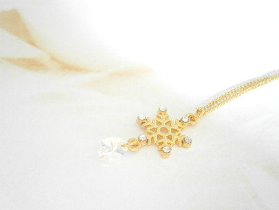 Gold Snowflake Necklace  Swarovski Crystal by GlamorousSparkle, €15.00