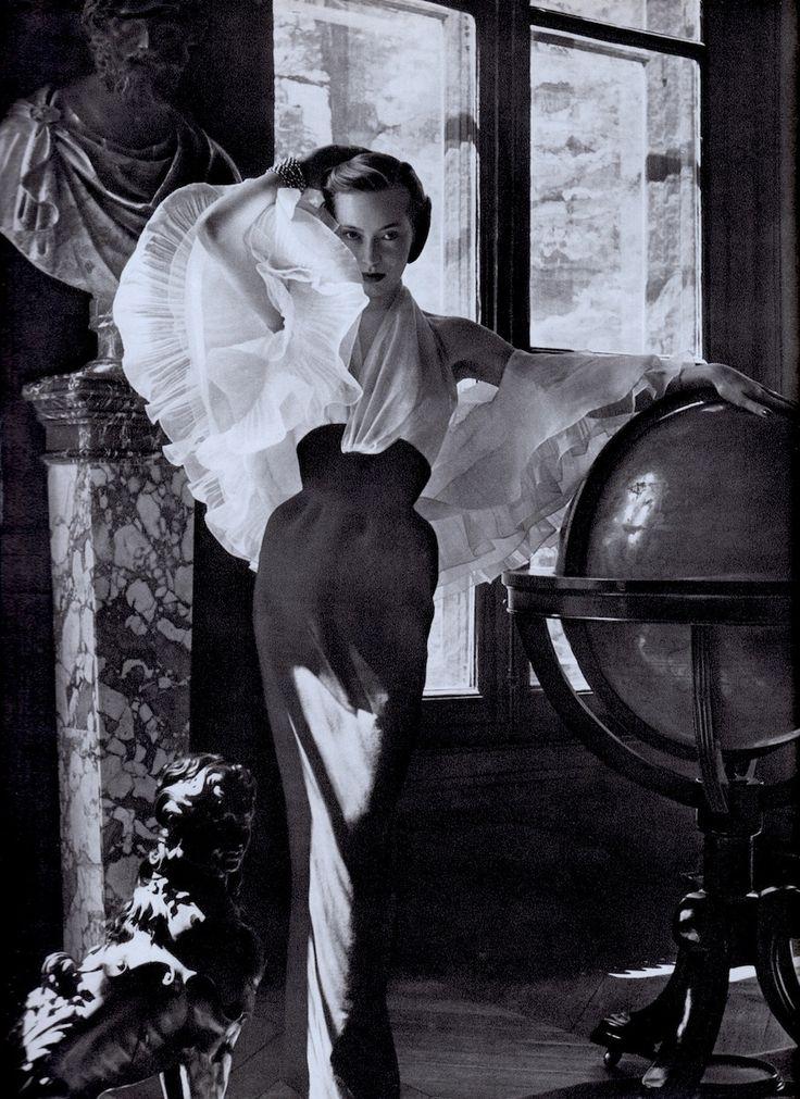Fashion by JACQUES FATH photo by Pottier. From vintage magazine L'OFFICIEL DE LA COUTURE ET DE LA MODE DE PARIS Juin 1952 (minkshmink collection)