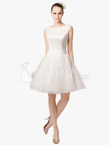 Buone notizie! Abitit offre ora fino al 75% di sconto sui suoi abiti da sposa on-line. Con l'avvento di caduta, ha lanciato una raccolta sui suoi abiti da sposa estivi. Ora, tutti questi bellissimi abiti sono in vendita a forti sconti. Questi abiti di questa collezione sono disponibili in vari tagli e tessuti. Sono tutti in stile alla moda, buona qualità e superba maestria.  http://www.abitit.com/15364-moderno-perline-raso-vestito-sposa-a-line-tpwd11272.html