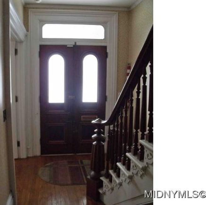 Large Italianate Victorian home w/ 5 bedrooms 3 baths, fireplace with original ceramic tiles, hardwood floors throughout, new furnace, new central air, new on demand hot water heater. Walk to all, …