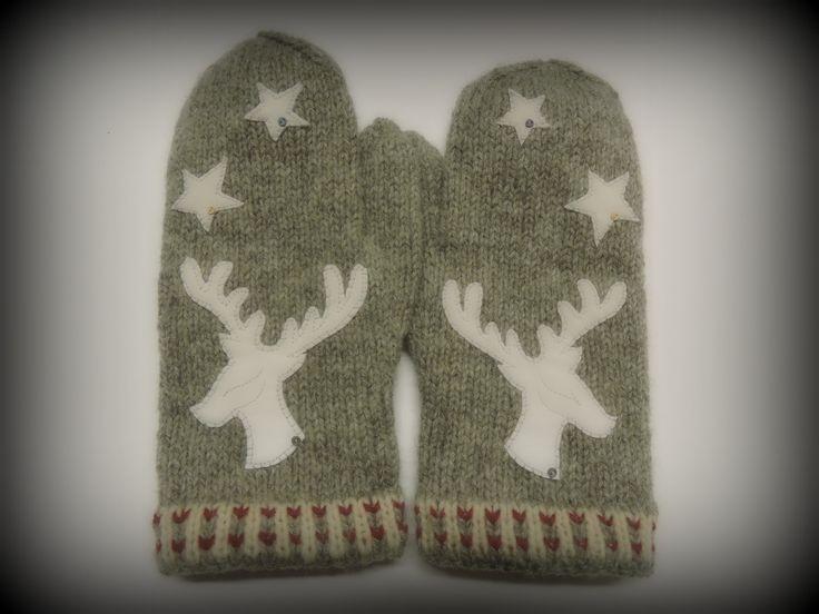 Winter Deer Mittens, natural Finn Wool , knitted mittens
