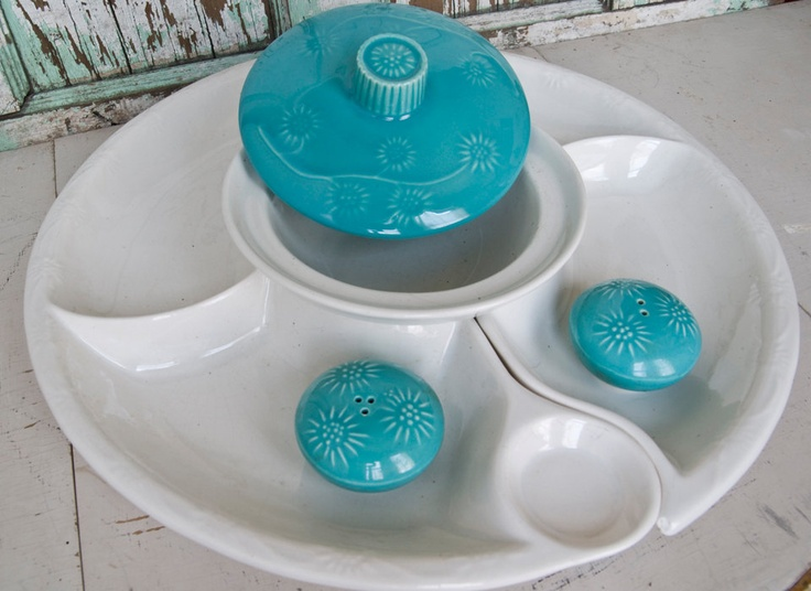 vintage chip and dip set with salt and pepper shakers california pottery vintage kitchen retro turquoise aqua teal