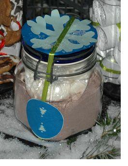 Hóemberleves ajándékba (forró csokoládé házi pillecukorral)