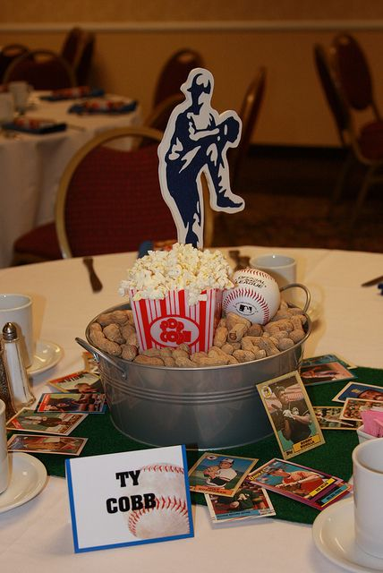 Baseball centerpiece.  Take me out to the ballgame! Add Os players