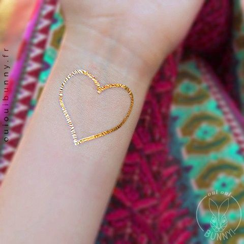 tatouage temporaire dor en forme de coeur - Coloration Phmre