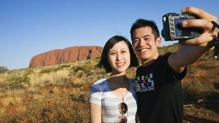 Australian visas for Chinese tourists fast-tracked online | News.com.au
