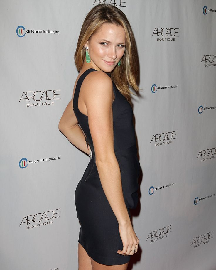 #19. Shantel VanSanten (Quinn James) – One Tree Hill
