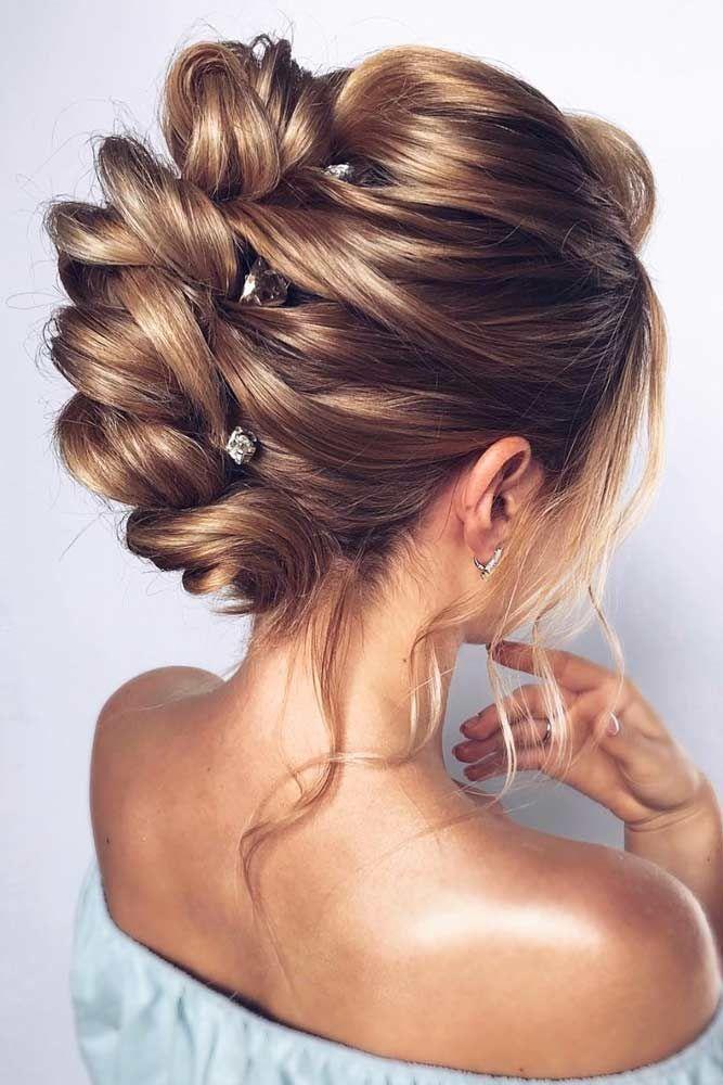 45 Wedding Hairstyles For Medium Hair Lovehairstyles Com In 2020 Wedding Hairstyles For Medium Hair Medium Hair Styles Long Hair Styles