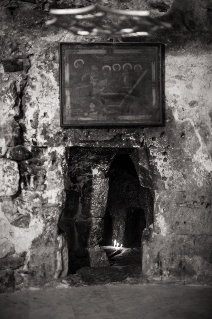 Dirk Goldbach, Grave of Joseph of Arimathea in The Holy Sepulcher, Old City, Jerusalem, Israel, 2014-06-25