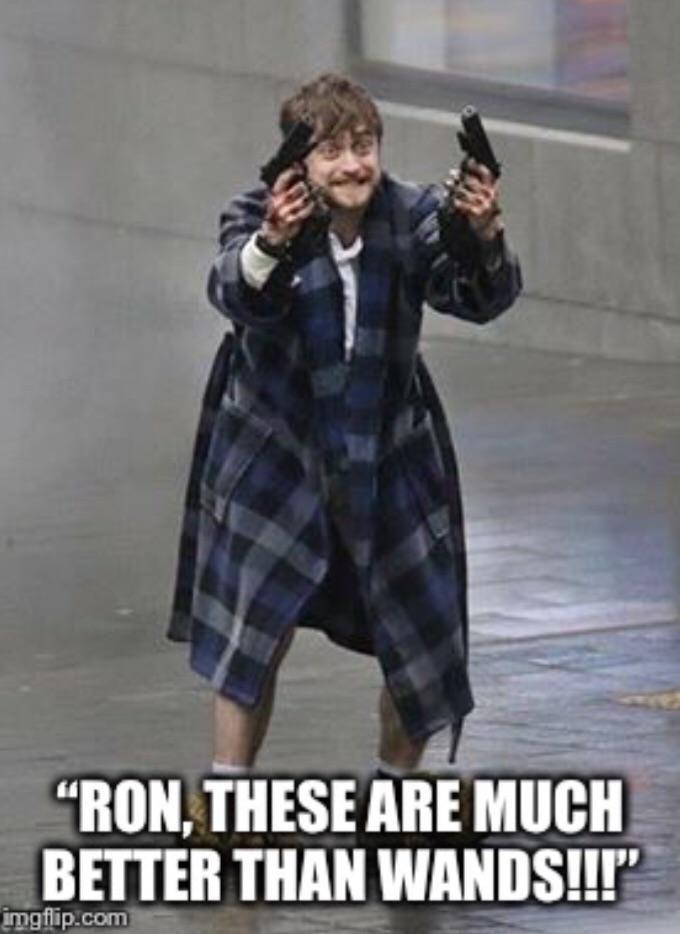 Harry Potter Discovery Guns Harry Potter Cosplay Harry Potter Jokes Harry Potter Films