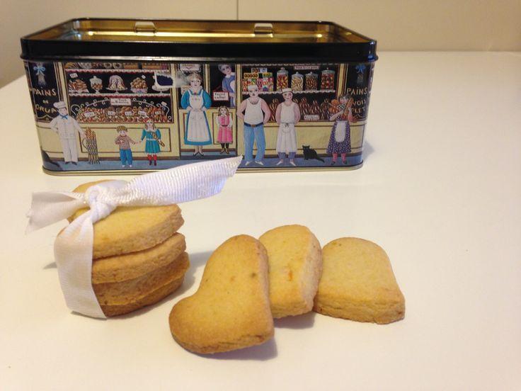 Biscotti agli agrumi (ricetta dolce)