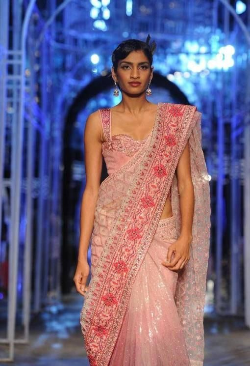 India Bridal Fashion Week 2013 Grand Finale- Tarun Tahiliani
