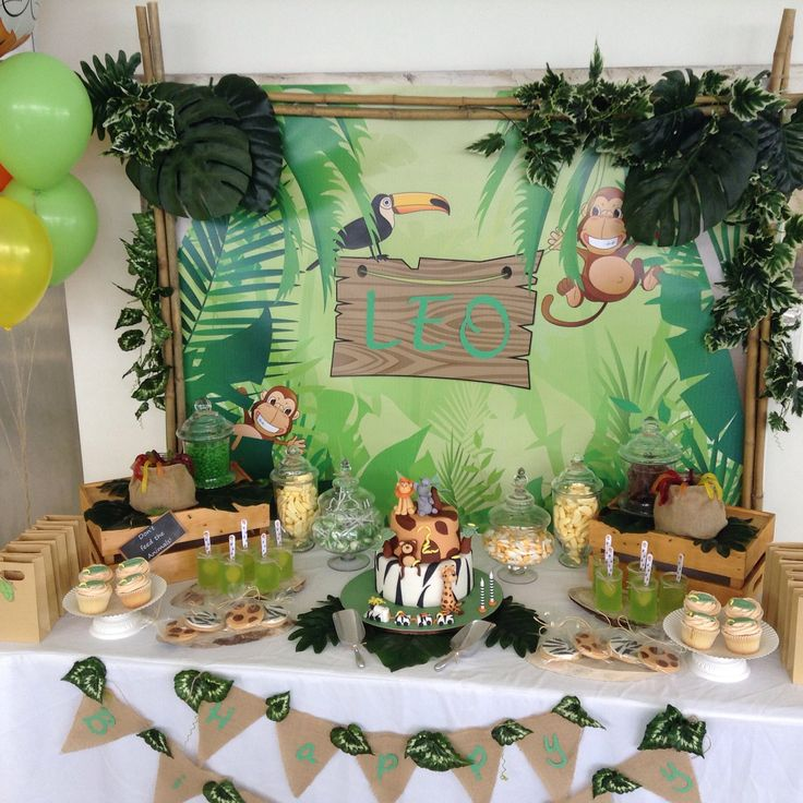 Leo's Jungle Party Lolly buffet More info janeen@sweetpartystudio.com.au