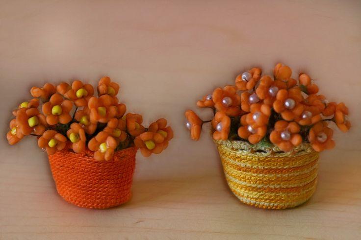 Crochet baskets and little flowers