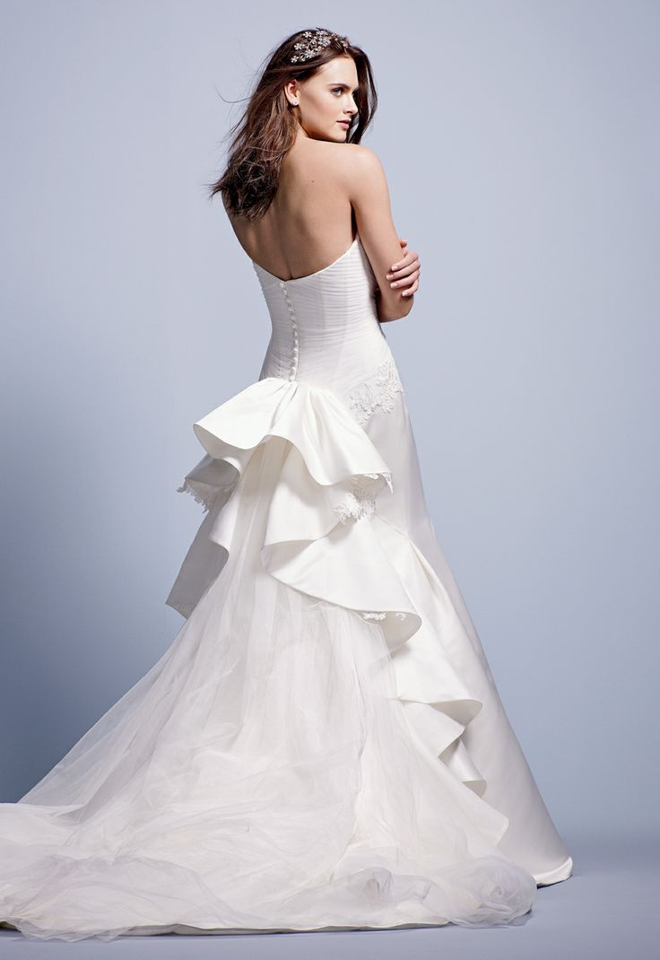 Truly Zac Posen Strapless Duchess Satin Fit and Flare Gown Style ZP345004 #davidsbridal #weddingdress #blacktiewedding: Cathedrals Veils Hairs, Flare Gowns, Dramas, Gowns Styles, Puree Gowns, Soft Curls, Photo Idea, Bride, Veils Cathedrals