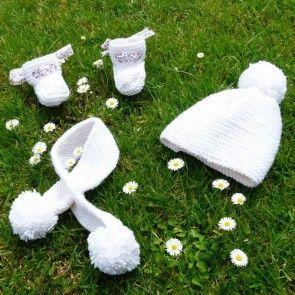 Kit tricot by WoolKiss : Trio bonnet+écharpe+chaussons - Tricot facile pour bébé
