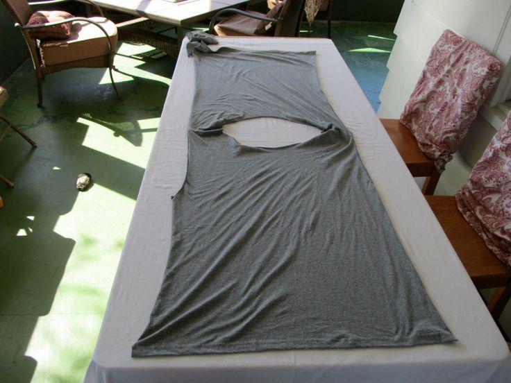 WobiSobi: Re-Style#54, Five Minute Draped Vest #2    http://wobisobi.blogspot.co.uk/2012/01/re-style54-five-minute-draped-vest-2.html