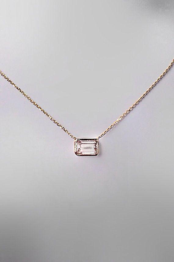 14k Gold .70 carat Emerald Cut Diamond Necklace о…