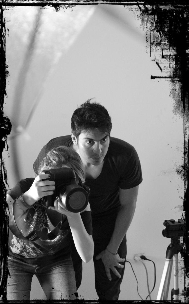 Vela & Michel analizando Shooting MERCURY  Estudio Fotografía de producto  Copyright  2013