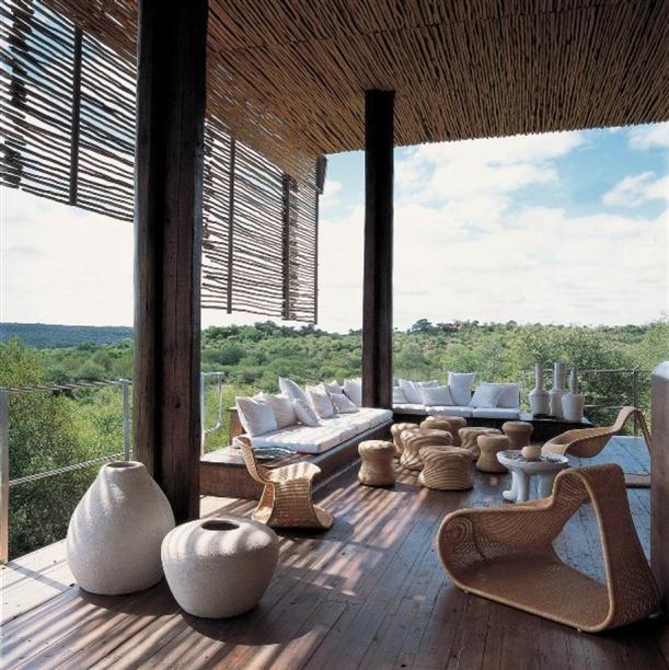 Contemporary deck (veranda?), awesome view