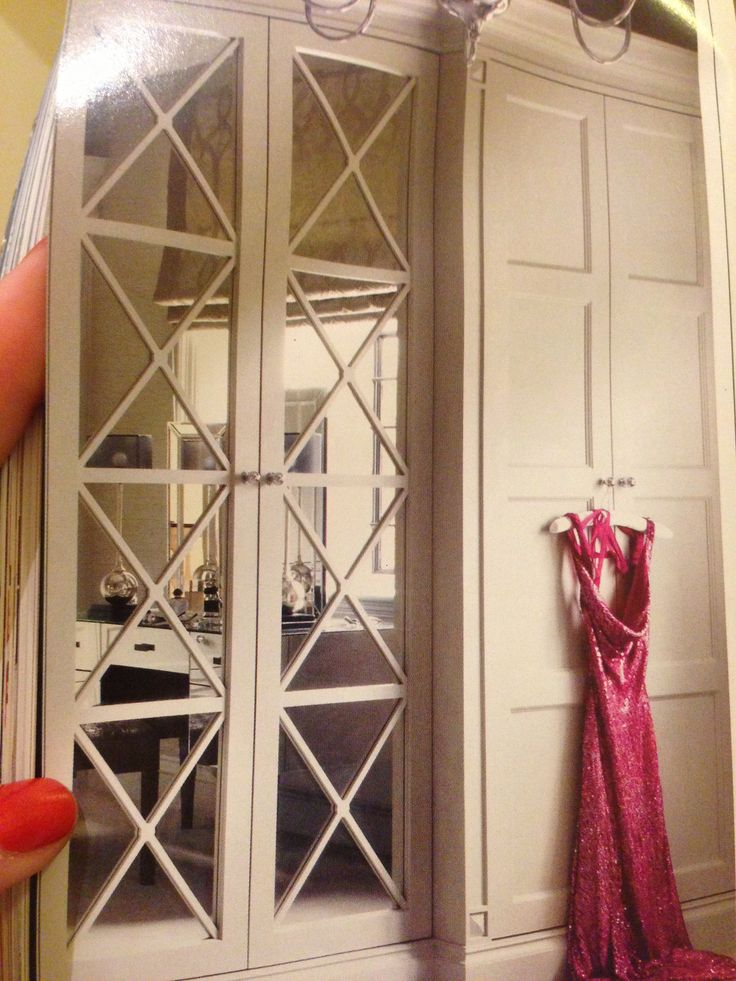 17 best images about mirrored doors on pinterest shoe for Master bedroom closet door ideas