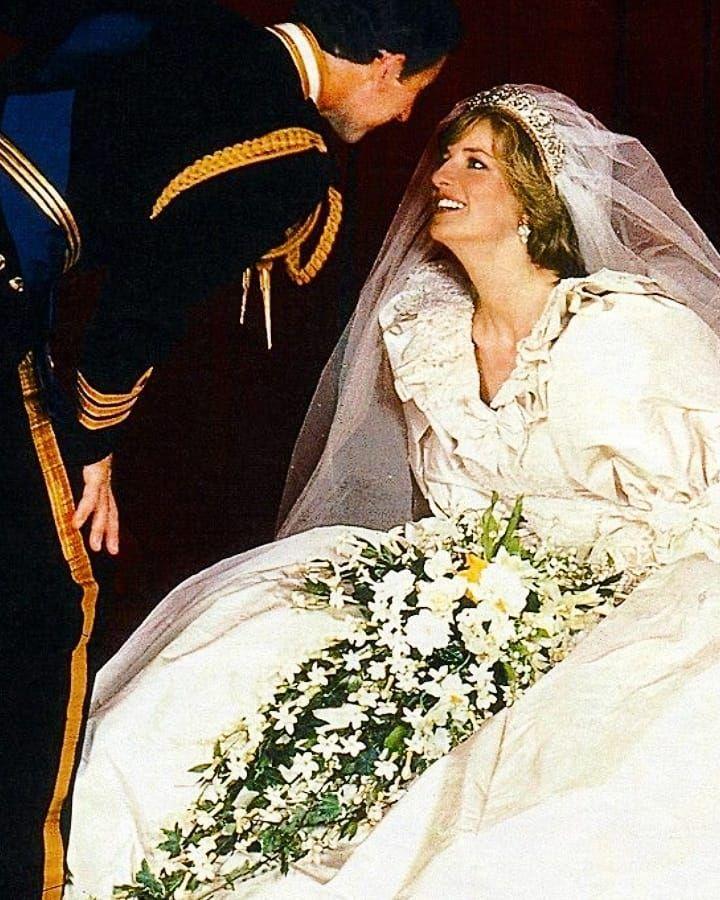 the british royal family on instagram lovely couple happy day followers royal royalfa princess diana wedding lady diana princess diana family princess diana wedding