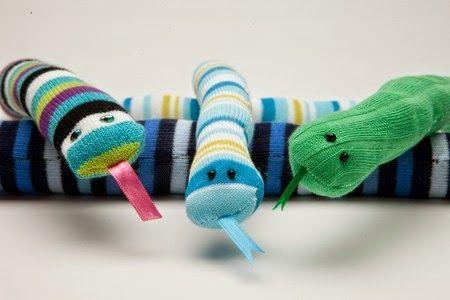 30 χρήσιμες και πρακτικές κατασκευές και χρήσεις απο παλιές κάλτσες   Φτιάξτο μόνος σου - Κατασκευές DIY - Do it yourself