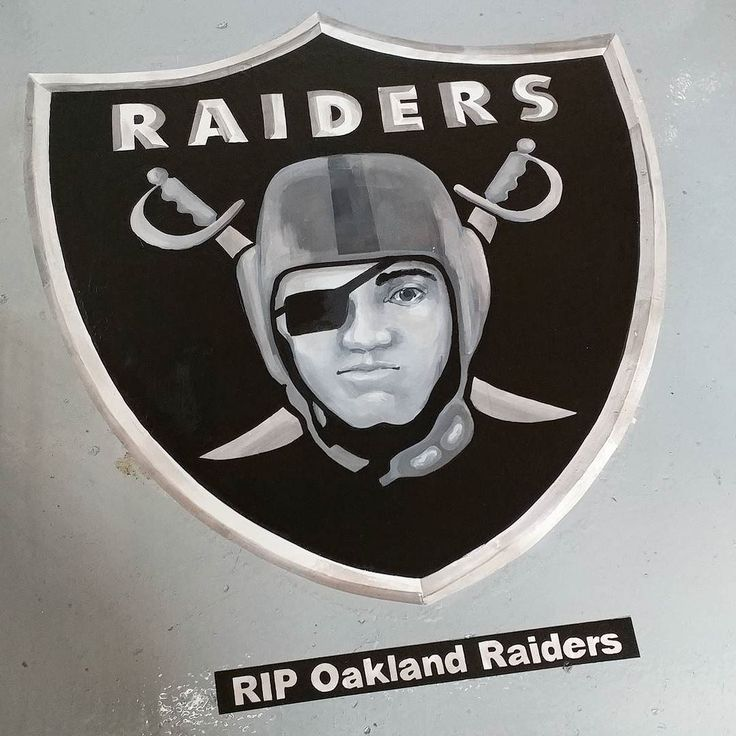 #raiders #emblem done! The #rip is in recognition of the team moving to Las Vegas alas. #artistatwork #itsaliving #sports #teamloyalty #oaklandraiders #fan #custom #cash