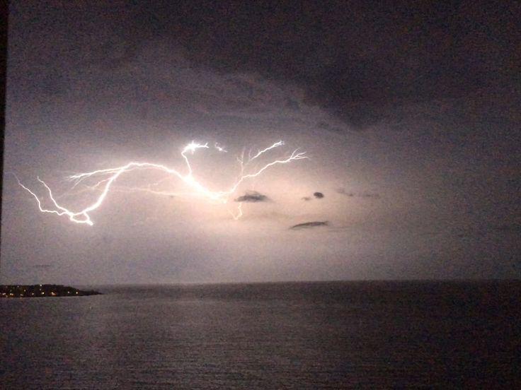 Tormenta Electrica en Tierra Bomba, Foto tomada desde el Laguito.
