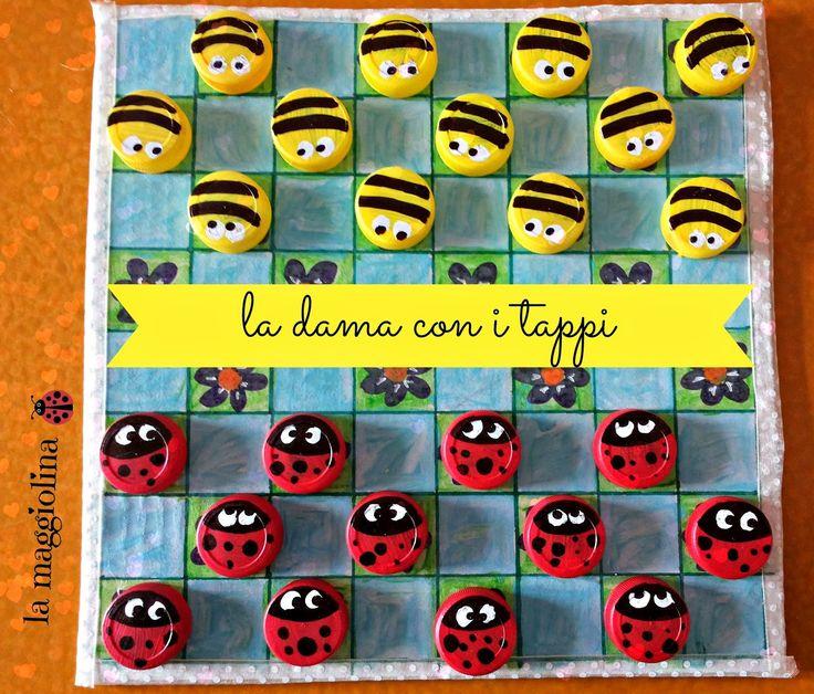http://lamaggiolina.blogspot.ch/2014/04/la-dama-coi-tappi-riciclati.html?spref=pi