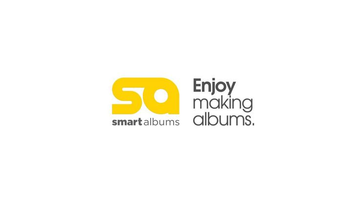 SmartAlbums by Pixellu for easy photo album design.