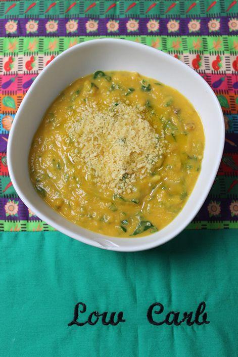 Chegou a época da sopa! 3 receitas de sopas low carb super saciantes para matar a fome no inverno