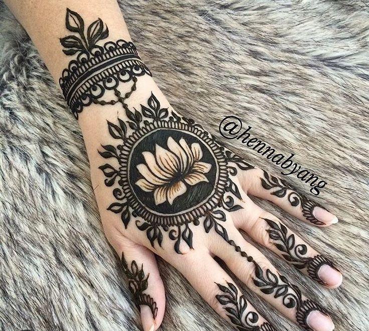 #Mehndi #Lotus