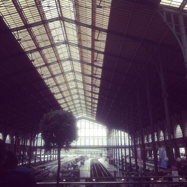 Leaving Paris for London Town. #morvan #paris #eurostar #london