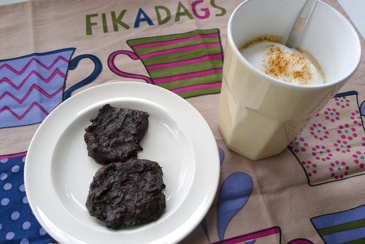 Chocolade koekjes met avocado recept ~ lekker, makkelijk, koolhydraatarm ~ www.con-serveert.nl
