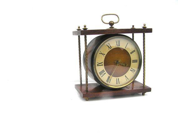 Soviet vintage table clock mechanical wind up by SoYesterdaySoCool