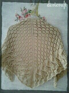 Knitted estonian triangle shawl. Made from Indonesia cashmilon yarn
