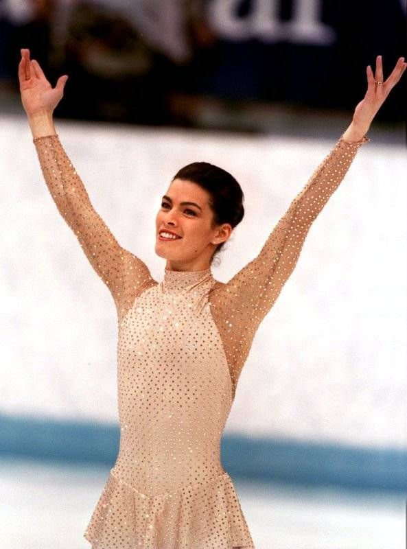 Nancy Kerrigan - 1994  Lillehammer Winter Olympics - Long Performance